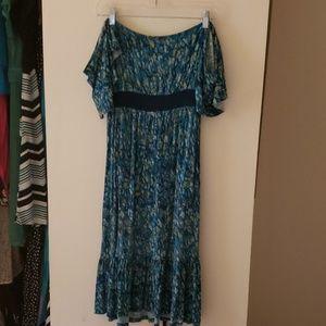 Off the shoulder Blue maternity dress